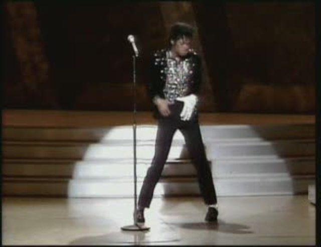 Michael Jackson - Thriller 25th Anniversary Edition Video 3