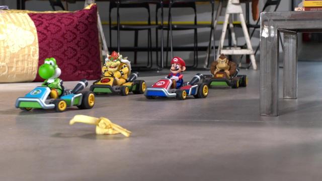 Carrera RC - Mario Kart Family Video 9